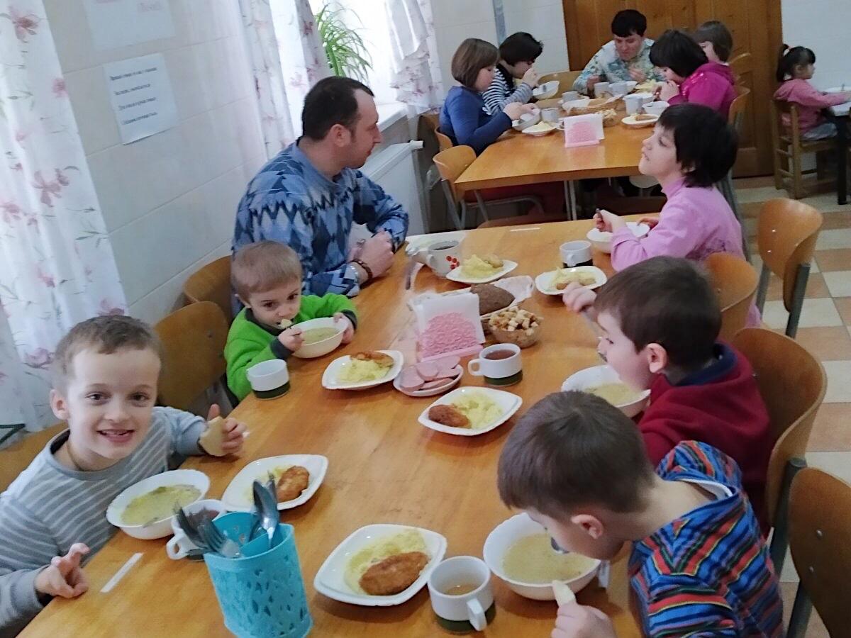 Харчування для підопічних «Дім милосердя» у м. Чортків, Тернопільської обл.